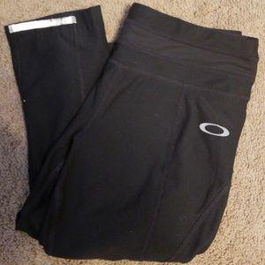Oakley compression capris